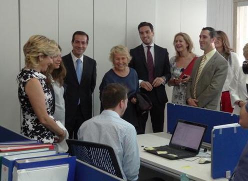 Esperanza aguirre visita la fundaci n carmen pardo - Fundacion carmen pardo valcarce ...