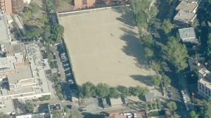 Proyectados nuevos polideportivos en mirasierra y for Piscina municipal barrio del pilar